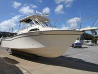 2006 Grady-White 300 MARLIN The 300 Marlin is one of