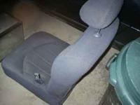 Here are 2 front dark blue cloth manual bucket seats