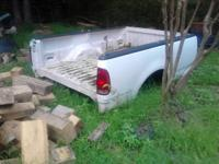 99 f150 8ft pickup truck bed good cond no tailgate has