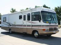 1999 Georgetown 33' motor home with Ford V10 and