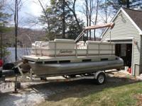 1999 18 Ft. Sweetwater 186 pontoon boat in