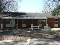 Lovely 3BR/2BA cattle ranch residence in the heart of