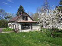 Charming home in Sartell with lots of space! 3 Plus