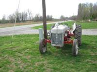 9N Ford tractor Runs Good, PTO & 3 point hitch works,