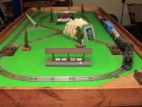 A circa 1954 Lionel train set with earlier cars, 027