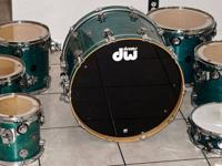 Drum Workshop custom finish Collector Series Maple
