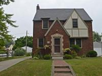 Awesome brick & stucco home w/ Character & is sitting