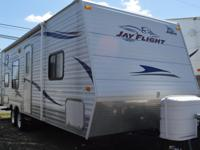 2010 Jayco JayFlight 26' BH.  Sleeps up to