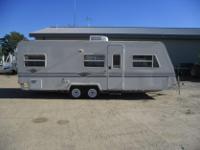 Type: Camping Type: Aerolite Lite 25fk Camper Stock #