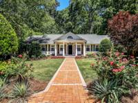 Traditionalnbrick home on wooded, quiet cul-de-sac in
