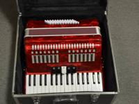 Accordion 60 Bass 34 Keys     Up for sale is an