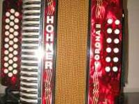 GREAT LOOKING ACCORDION HOHNER CORONA II IN GREAT