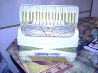 I am selling an Italian accordion. Great condition and