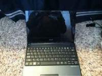 This is a nice acer aspire one netbook laptop computer.