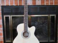 Ibanez AEBIOE Acoustic-Electric Bass Guitar with on