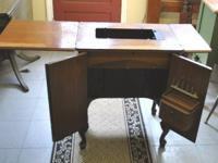 Cute Vintage Sewing Table w Great deals of Storage