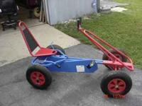 nice pedal car go cart adjustable seat to fit kids or