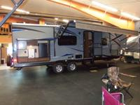 The 248 RBSL showcases a large rear bath with the