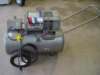 Air Compressor 3/4 HP 2 1/2 Gal. Tank, Made in USA by