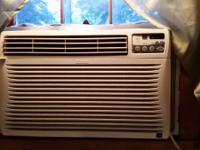 Air conditioner 4 sale Kenmore blows cold works