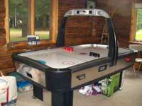 Nice Air Hockey, Full size , looks like new , always