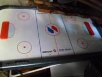 Sports Crafts Turbo Air Hockey  Table    $30.00  o r