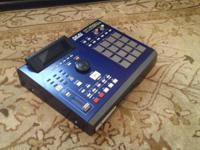 For sale, I have an Akai MPC2000XL Music Production.