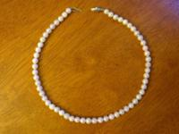 "16"" Strand of beautiful Akoya Pearls 5-6mm with a solid"