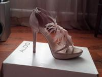I have some Aldo heels size 38 I only wore them once
