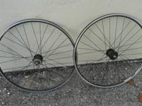 Selling a pair of r500 Alex Rims wheels. Simply the