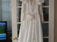 Alfred Angelo Beaded Weddibg Gown w/ Monarch Train1992