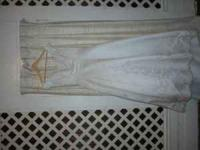 Alfred Angelo Wedding gown, Paid $650, needs cleaning,
