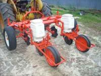 ALLIS CHALMERS MODEL 74 NO TILL PLANTER ,DOUBLE DISC