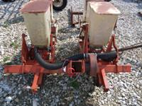 Allis Chalmers 2 row no till planter. it has double