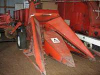 FOR SALE, Allis Chalmers 720 with two row corn head and