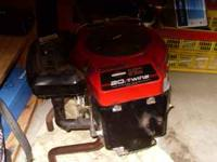 Almost new 20HP twin Briggs & Stratton engine - (Austintown) for