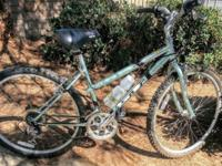 GT Mountain Bike, great condition. Shifters Shimano