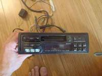 I am selling an Alpine 75148 stereo deck along with a 5