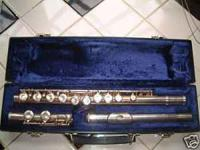ALPINE SLIVER PLATED FLUTE WITH HARD SHELL CASE Good