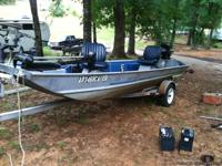 1987 Aluma-Weld 15 foot Crappie fishing boat for sale