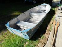 Aluminum Row Boat with oars - measures 11' 7'' from