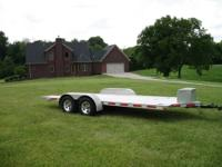 18' All Aluminum Texas Rollback trailer featuring dual