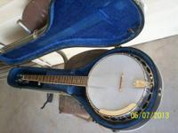 Alvarez 5 string banjo in great condition ... asking