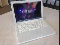 Up for sale is this great little Apple Macbook late