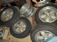 I have 5 old school 1970s 200s wheels in good shape....