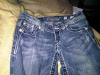 jeans in great condition.......... Location: puckett