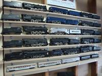 "I buy ""American Flyer"" or ""A.C Gilbert "" train sets or"