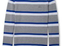 Line up your layered look with this striped crew neck