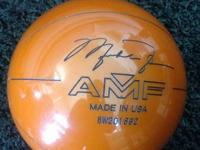 This is a Michael Jordan AMF bowling ball. It has no