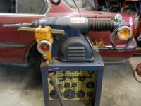 AMMCO SAFE-TURN 3000 BRAKE DRUM LATHE. WORKS GOOD, WITH
